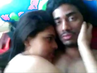 Indian Desi Kolkata univ Girl fucked with bf leopard69puma