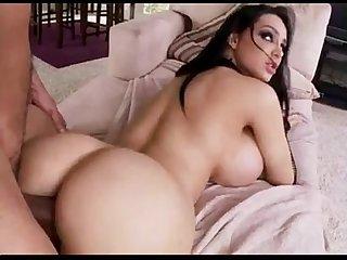 Sexy latina con enorme Tetas