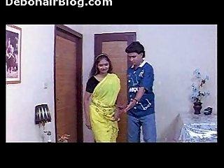 Uma maheshwari bed scene