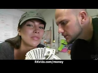 Amateur chick takes money for a fuck 27
