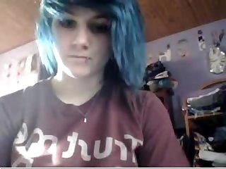 Emo girl plays on cam allcamgirls net