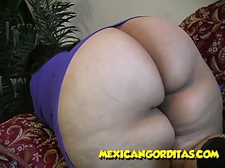 ALONDRA GETS CREAM PIE ON MEXICANGORDITAS.COM