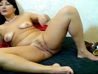 Russian hairy webcam mom pizda volosataya 1