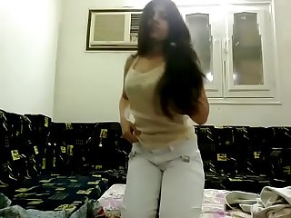 Very beautiful madiha khan nude show on cam 3