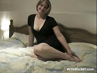 Kinky amateur couple home fucking