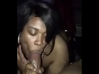 Thot from the bronx was sucking my dick