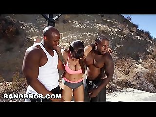 Bangbros Lisa ann gets an interracil double penetration mc13549