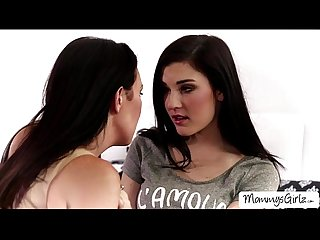 Special evening turns into pussy licking with teen Jenna and MILF RayVeness