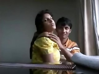 Indian couples big boobs play