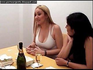 Amas de casa Lesbianas pelicula argentina parte 1 Xvideos com