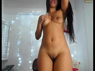 Latin pocahontas has an amazing ass
