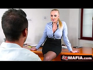 Russian Femme Fatale Kayla Green is a Perfect Sexual Counsellor