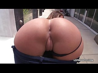 Fat butt and natural big tits of beautiful layla london
