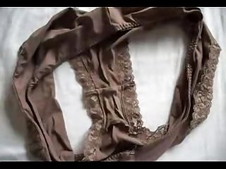 Cum on Marya�s dirty panties