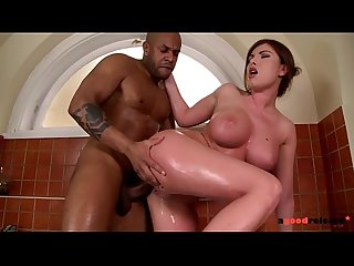 Gorgeous Busty Nympho gets that Big Black Cock in the Tub