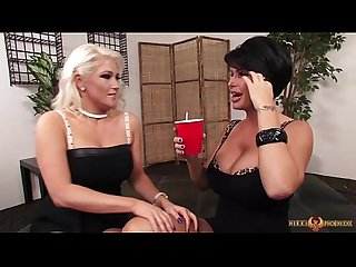 Busty shay fox eating her Girlfriend nikki phoenixxx
