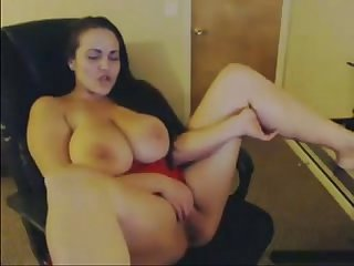Curvy Busty White Girl Masturbates on Webcam - Cam2Flirt.com