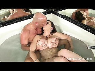 Sara jay fucks a hard cock in the tub