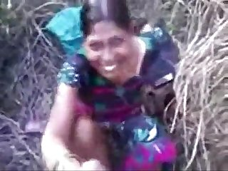 Haryanvi village Women Roshani fucking in khet by Mohan