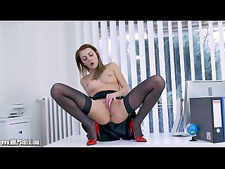 Office slut wanks in nylon high heels