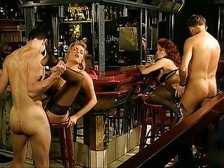 Erika bella les chalumeuses lpar art lovers rpar lpar 1993 rpar scene 4