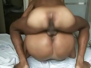 Deliciosa brasileira fode e leva Gozada Na cara em vdeo amador