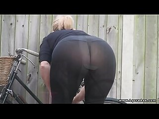 Lycra ass see through leggings daniella english