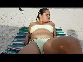 Minha Prima Procurando Macho bem Dotado na Praia !!! ( Fetiche Exibicionismo..