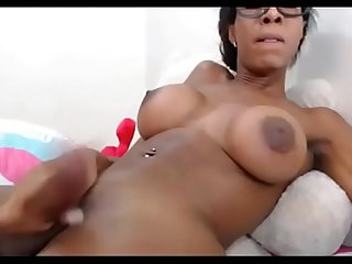 Black Ts Queengiselle Cum on BasedCams.com