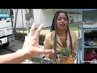 Carne del mercado colombiana de tetas grandes ana ebano recogida y follada