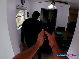 Slut Britney Light Gains Burglars Trust Through A BJ