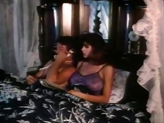 Christy canyon bunny bleu blondi in vintage sex scene