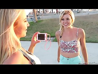 Skateboard Beach Babes Tara Morgan, Mandy Armani