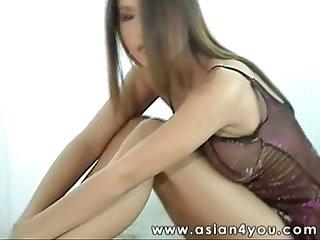 Leena wong oil