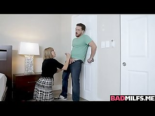 Milf Amber Chase fingering Kyle Mason's girlfriend Claire while he's not around