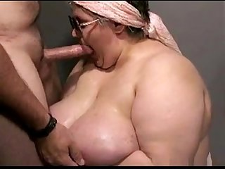 head by mature bbw from DesireBBWs.com