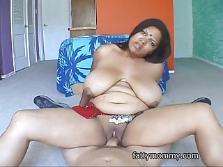 Chubby indian woman Trishna in india dress and white man fucking
