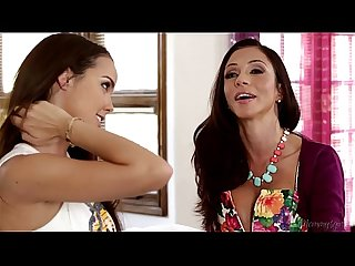 Dillion harper and her stepmom Ariella ferrera