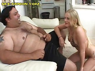 Hot british babe sucks chub