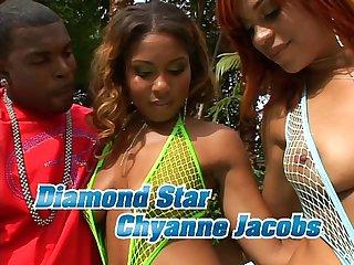 Diamond chyanne en una piscina muy Sexy