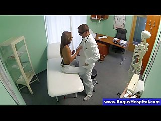 Doctor taste his hot patient babe pussy