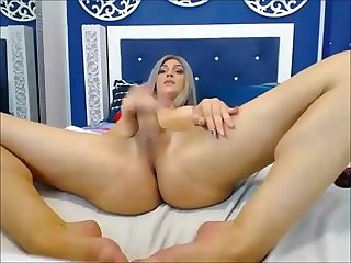 Amazing tranny masturbating on webcam