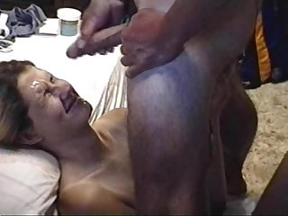 Awesome cumshot on my girlfriend