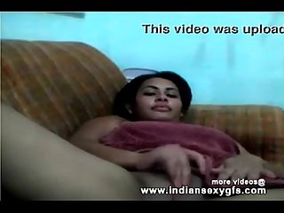 Kolkata indian Desi college girl private webcam expose her asset front of cam
