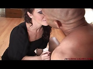 Housewife takes Blackzilla and squirts all over