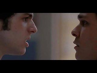 Beijo gay de mateus solano