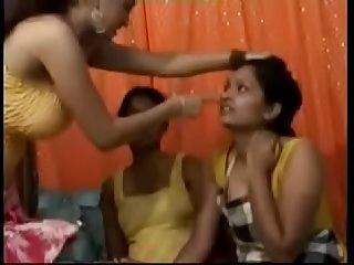 Innocent Indian Girls In Threesome Groupsex Porn