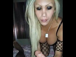 Yovanka alvarado actriz porno chupando una polla de 24cm tumbes peru