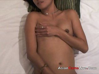 Filipinacamslive com sex chat girl in hotel masterbates asian pussy