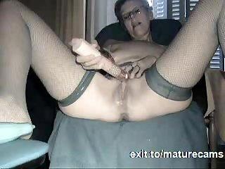Granny Camgirl